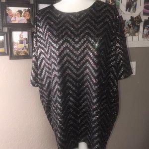 LuLaroe tunic. Black size large